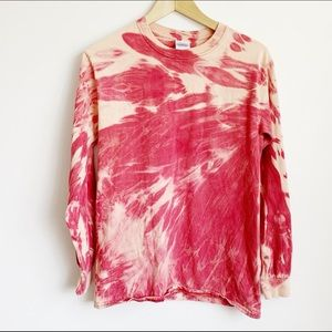 faded red bleached out grungy cotton crewneck